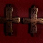 Хрести з розп'яттям (чернь). ХІ-ХІІ ст.
