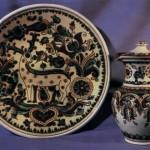 Дзбаночок і декоративна таріль. кераміка, розпис, полива.