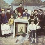 На Великдень. Листівка початку ХХ ст.