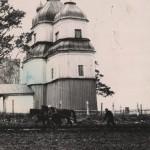 Дерев'яна церква другої половини 18 ст. в с. Печера. Фото 1963 р.
