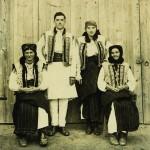 Молоде подружжя Барбарюків. Фото 1962 р.