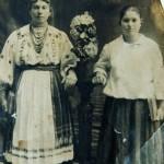Мешканки с.Бендзари Балтського району Одеської області, 1910