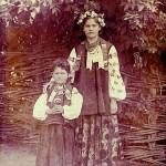 Дівчата з с. Березоточі. Фото 1920 р.